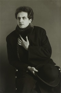 der tenor [leonardo aramesco] by august sander